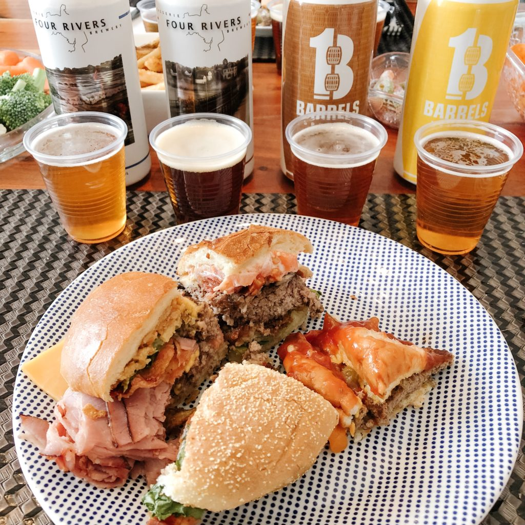 BURGERS & BEER TASTE TESTING DATE NIGHT IDEA #DATENIGHT #CRAFTBEER #BURGERLOVE